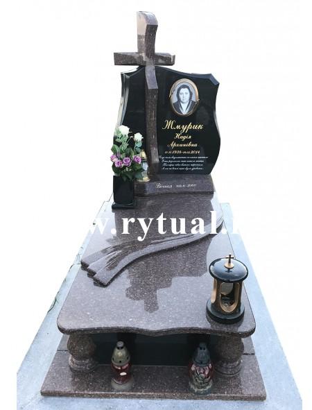 Пам'ятник з токівського та букінського граніту