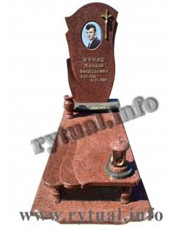 Пам'ятник з лізниківського та човнового граніту