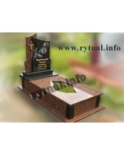 Пам'ятник з капустянського та букінського граніту